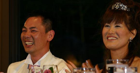 結婚式プロフィールビデオの安達夫妻