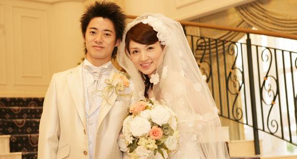 結婚式プロフィールビデオの桑原夫妻