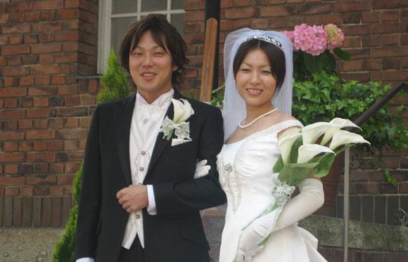 結婚式プロフィールビデオの山田夫妻